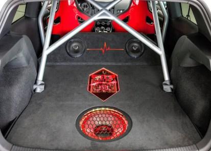 VW-Golf-GTI-Heartbeat-11_BM