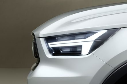 Volvo-V40-Concept-2