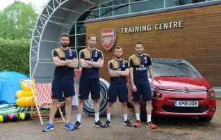 Arsenal Citroen Packing Challenge-02