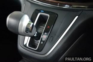 Honda CR-V Facelift Review 36