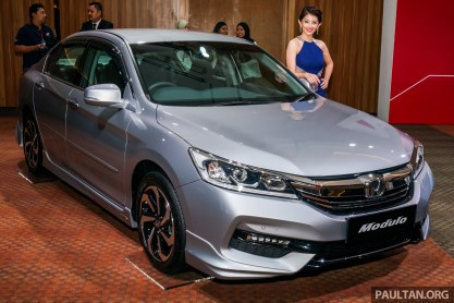 Honda Accord 2.0 VTi Modulo facelift 1