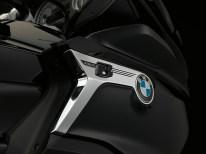 2017-bmw-motorrad-k1600-b-9