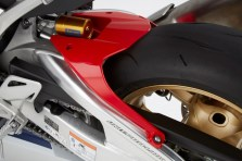79204_17ym_cbr1000rr_fireblade_sp_and_sp2-850x567bm