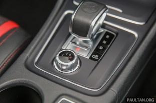 MercedesBenz_CLA45_AMG_FL_Int-21