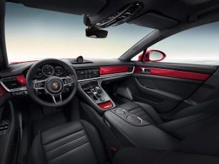 Porsche Exclusive Panamera Turbo Executive 3