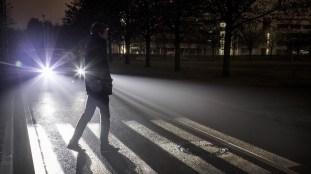 mercedes-benz-digital-light-headlights-2