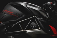 2017-MV-Agusta-Dragster-Blackout-08