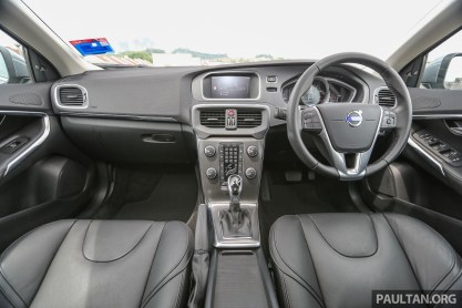 Volvo_V40_T5_Int-1