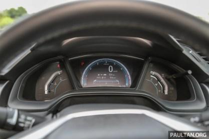 Honda_Civic_18_Int-4_BM