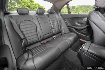 MercedesBenz_C350e_Int-54