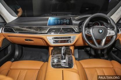 BMW_740Le_xDrive_Int-2