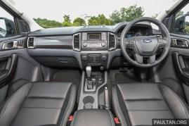 Ford_Ranger_Fx4_Int-2