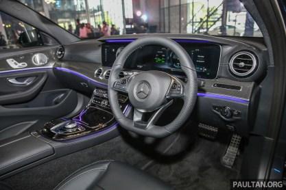 MercedesBenz_E350e_AMG_Int-1 BM