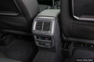 Volkswagen_Tiguan_Int-51
