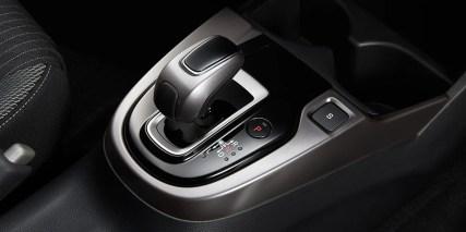 JDM-Honda-Fit-Facelift-07