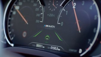 BMW-Steering-and-Lane-Control-Assistant-1