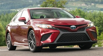 Toyota Camry XLE Hybrid 2018 BM-2