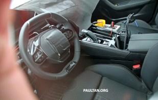 Peugeot 508 Spied w Interior-01