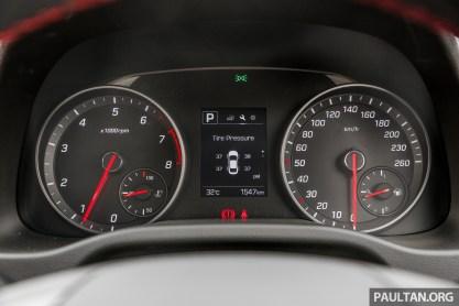 Hyundai Elantra Sport 1.6_Int-5._BM