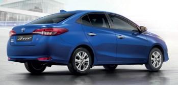 Toyota Yaris Ativ 2
