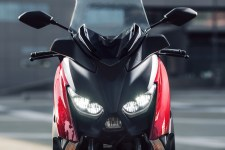2017 Yamaha X-Max 125 Detail - 18