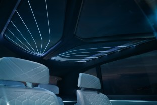 BMW Concept X7 iPerformance interior 6