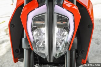 2017 KTM Duke 390-15