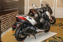 YAMAHA XMAX Preview-7
