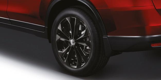 Nissan_XTRail-updated_2018_8_BM