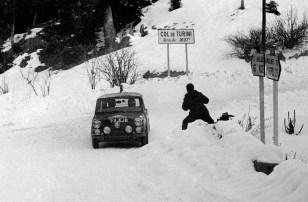MINI Paddy Hopkirk 1964 Monte Carlo Rally (1)