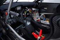Nissan-GT-R-2018-Nismo-GT3-Interior_2_0409_BM