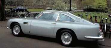 Aston Martin Goldfinger DB5 Continuation 2