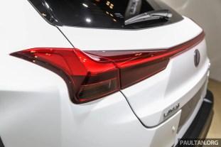 Lexus_UX_Ext-12