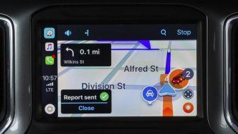 Waze_CarPlay_02-850x483_BM