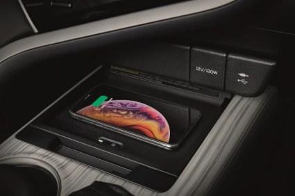 2018-Toyota-Camry-Thailand-40 BM