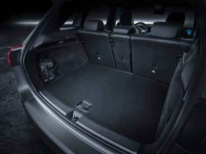 W247 Mercedes-Benz B-Class Paris debut (23)