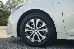 2020-Toyota-Corolla-Hybrid-1-850x567_BM