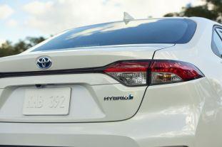 2020-Toyota-Corolla-Hybrid-3-850x567_BM