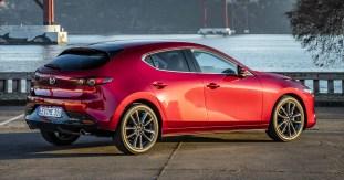 Mazda3_HB_SoulRedCrystal_Still-8