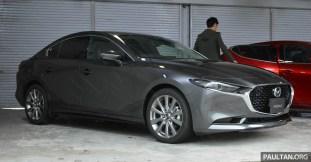 2019 Mazda 3 Sedan-Japan preview 1