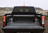 Nissan Navara Double Cab_Blue_Iceland_Details_Load area-1200x836_BM