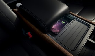 2020 Land Rover Defender interior-9