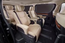 2019 Toyota GranAce (7)