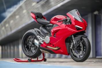 2020 Ducati Panigale V2 Jerez Press Test STATIC - 5
