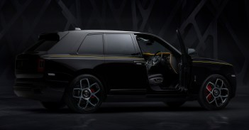 2020 Rolls-Royce Black Badge Cullinan_6