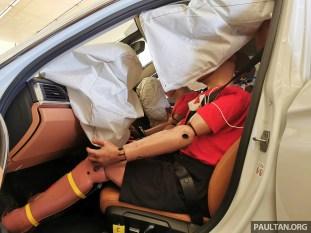 ASEAN NCAP F30 BMW 318i front offset crash test-4