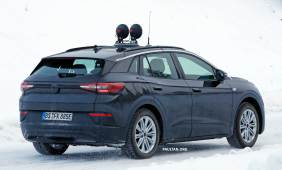 VW-ID.4X-10