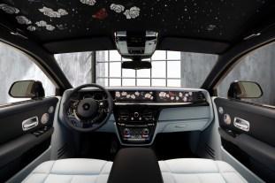 2020 Rolls-Royce Rose Phantom