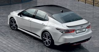 2020 Toyota Camry S-Edition Russia-3