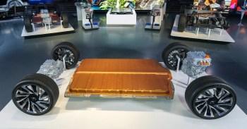 General Motors new modular EV platform Ultium batteries-1